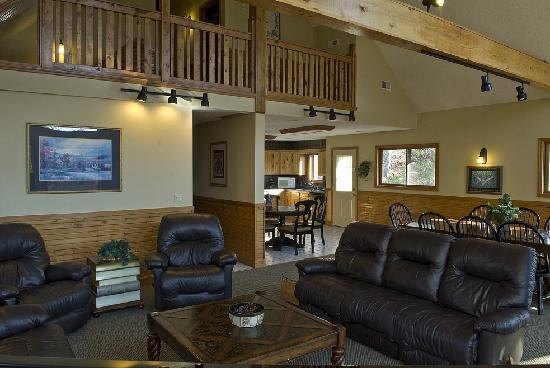 Chalets in Hocking Hills: Fireside Lodge