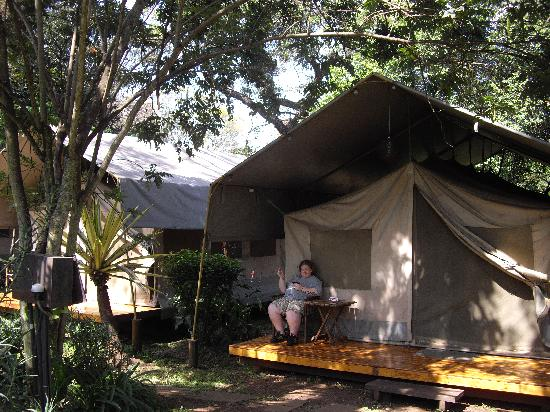Wildebeest Eco Camp: Our first tent