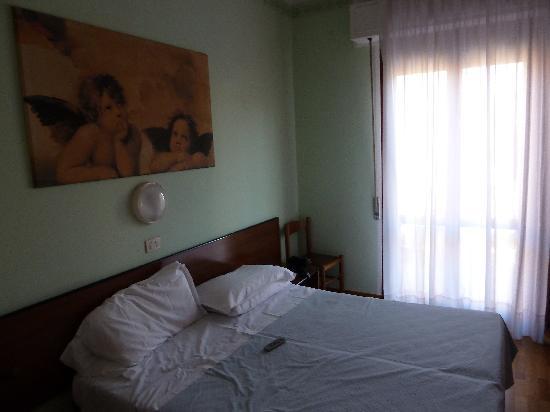Cecile Hotel