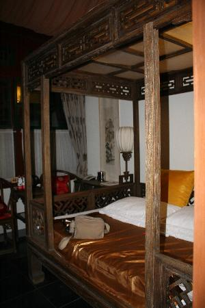 Courtyard 7: Bedroom