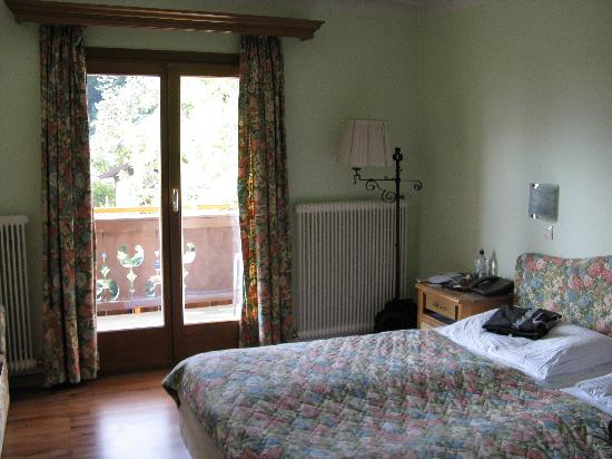 Hotel St. Georg: Spacious room with balcony