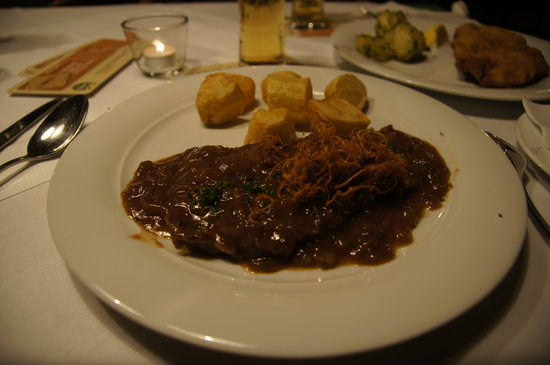 Schwarzer Anker: filetto in salsa al pepe