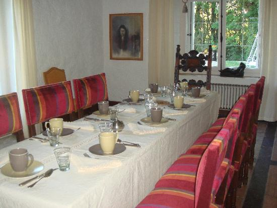Domaine de Saint-Clement: The Breakfast Table