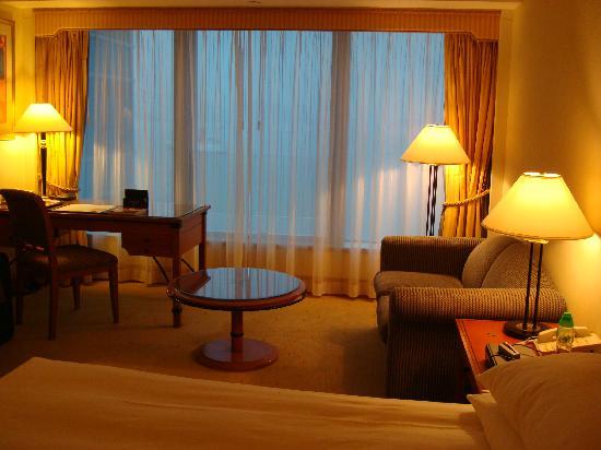 โรงแรมฮาร์เบอร์ แกรนด์ เกาลูน: living area