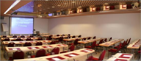 Au Parc Hotel Fribourg: Salle de conférence jusqu'à 120 personnes