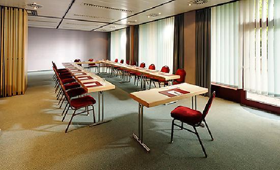 Au Parc Hotel Fribourg: AU PARC HOTEL dispose de 12 salles de conférences modulables