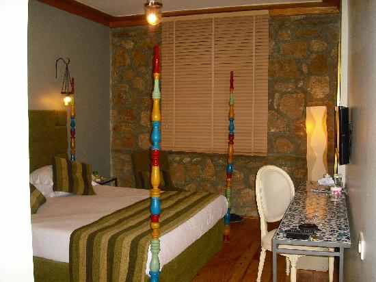 Alp Pasa Hotel: zimmer