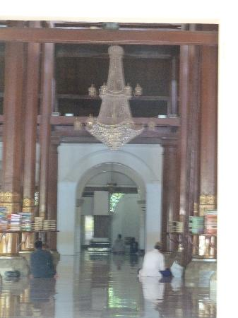 Mesjid Ampel: Ein Blick ins Innere