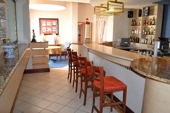 Protea Hotel by Marriott Walvis Bay Pelican Bay: Bar