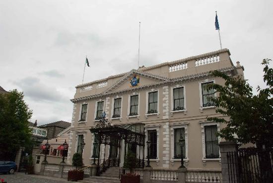 Mansion House : An impressive facade