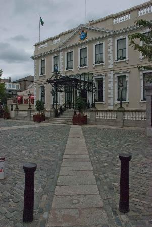 Mansion House : Lovely stonework