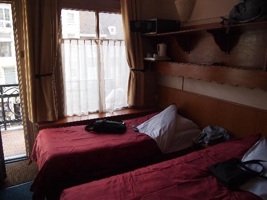 Hotel Nadia: Twin Room