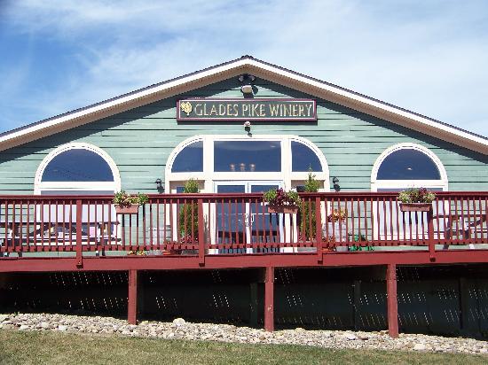 Glades Pike Winery: Winery