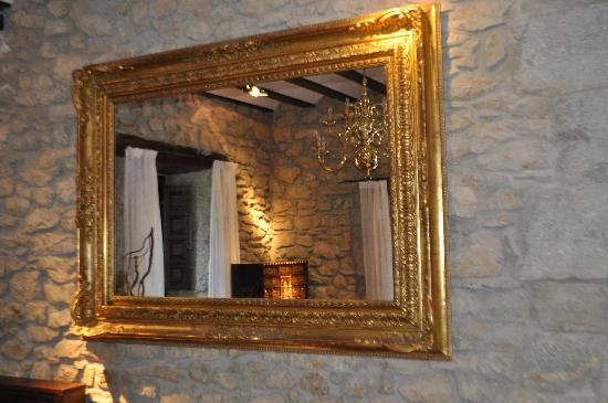 Very nice mirrors chandeliers etc throughout the property iriarte jauregia hotel very nice mirrors chandeliers etc throughout the property aloadofball Images