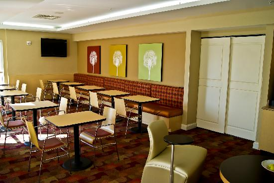 TownePlace Suites Rock Hill: Get your grub on!