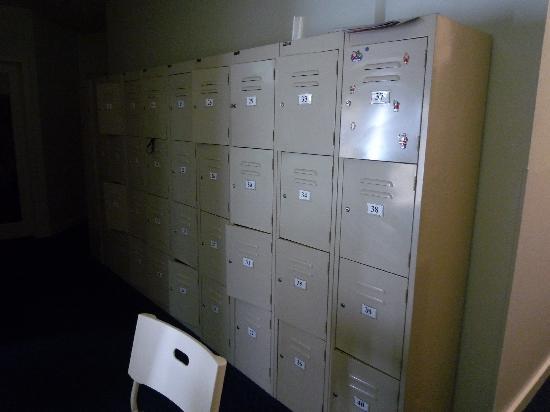 Hostel 109 Flashpackers: locker