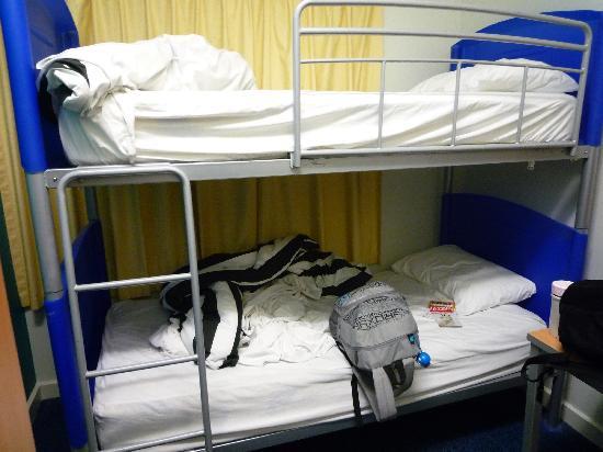 Hostel 109 Flashpackers: 2 single bedroom