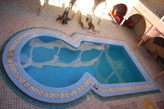 Guest House Merzouga: la piscine
