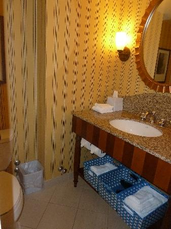 Large bathroom with a large suite entrance & full-sized closet