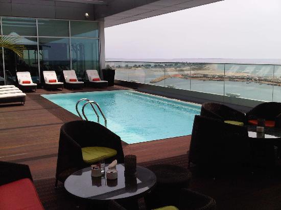 Hotel Baia Luanda: Pool
