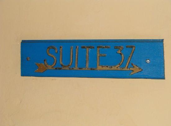 Hotel Belmar: señalamiento de suite que ya no funciona