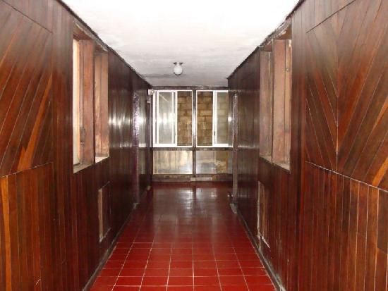 Hotel Belmar: pasillo suites viendo al norte