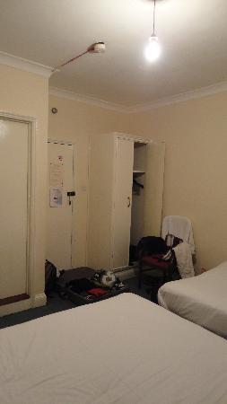Fitzroy Hotel: Chambre quadruple
