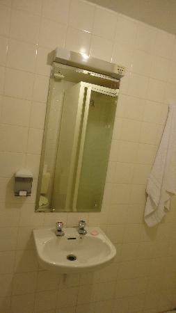 Fitzroy Hotel: Salle de bain