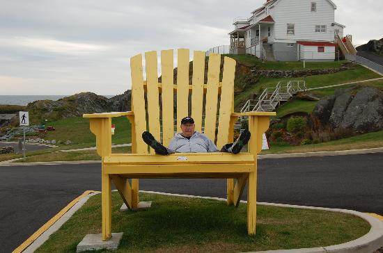 Yarmouth, Canada: The BIG CHAIR!