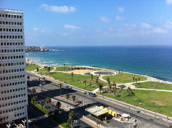 Dan Panorama Tel Aviv: Beach View from the room