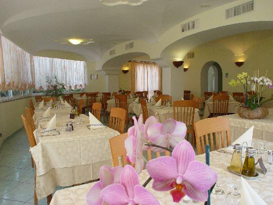 Hotel Villa Sirena: sala da pranzo