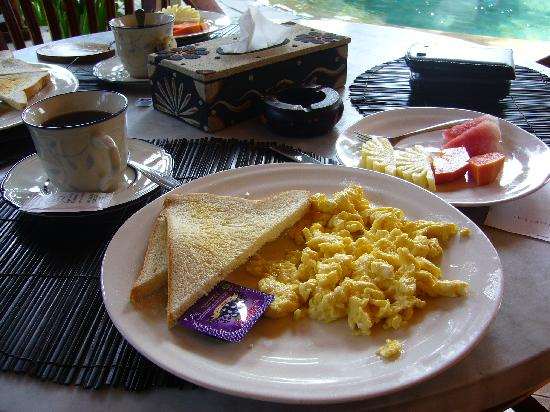 Prima Cottage: Desayuno