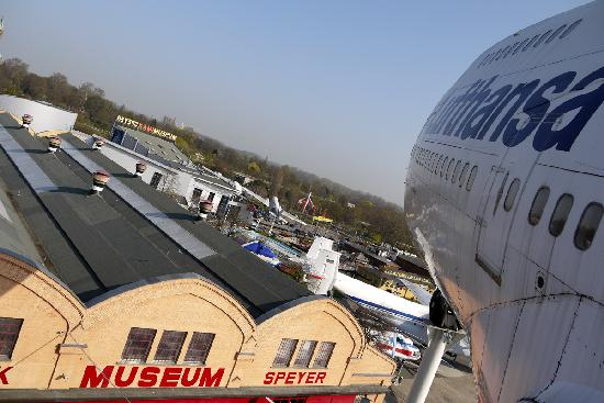 view from 747 wing picture of technik museum speyer speyer tripadvisor. Black Bedroom Furniture Sets. Home Design Ideas