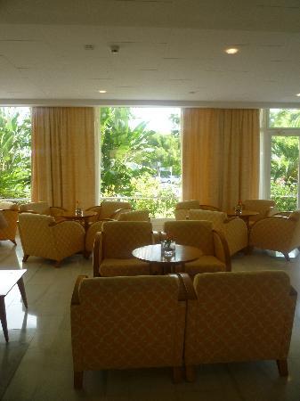 Hotel JS Alcudi-Mar: Hål