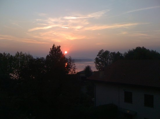 Hotel Ristorante Vecchia Riva: Blick vom Zimmerbalkon auf den Lago