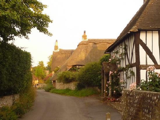 Deep Thatch Cottage: the village