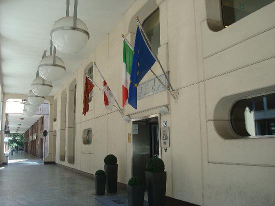 Hotel Plaza Padova: Extérieur de l'hôtel