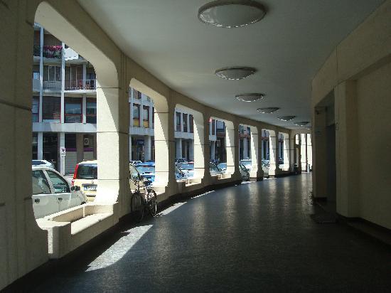 Hotel Plaza Padova: entrée de l'hôtel Plaza