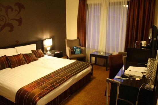 Hotel Regnum Residence: Zimmer 408