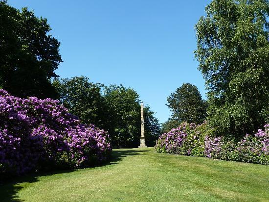 Barnsley, UK : Sun Monument