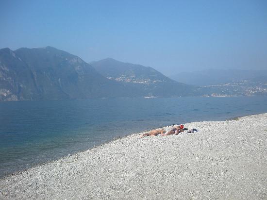 Iseo, Italy: Vista verso Riva di Solto