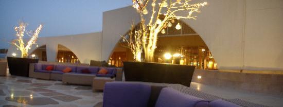 Le Meridien Dahab Resort: upper terrace in hotel