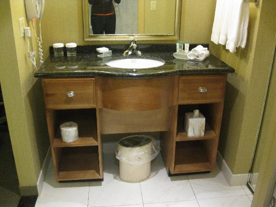Homewood Suites by Hilton London Ontario: like the drawers