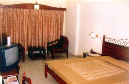 The Bhimas Residency : Bhimas Residency Hotels
