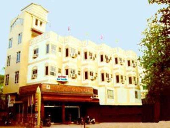 Arihant Palace
