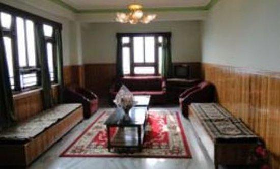 Mayel-Lyang Residency