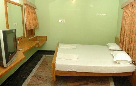 Vinodhara Guest House