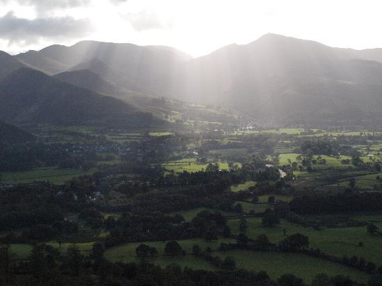Portland House Bed and Breakfast: Keswick from foot of Skiddaw