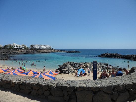 Salotto picture of apartamentos galeon playa costa teguise tripadvisor - Tripadvisor apartamentos ...