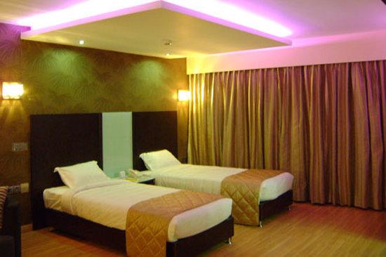 Hotel Mint Propus: Confident Propus
